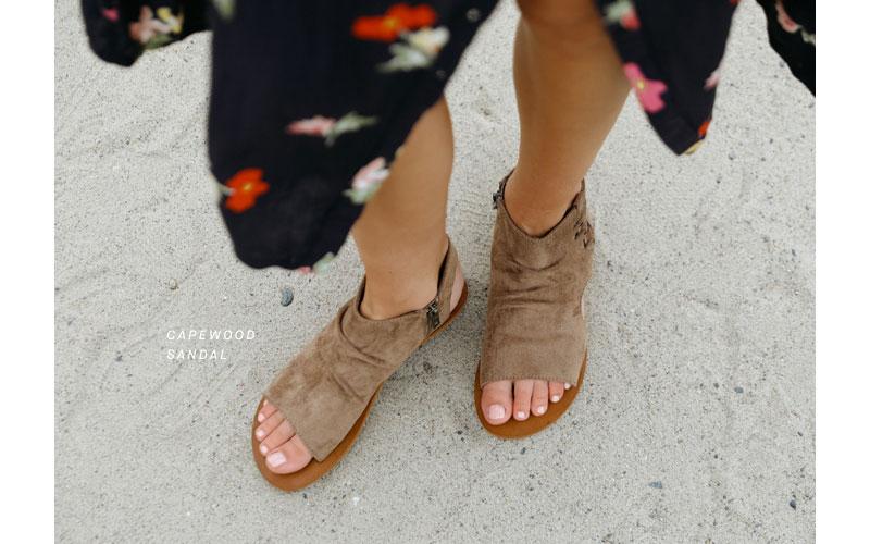 capewood sandal